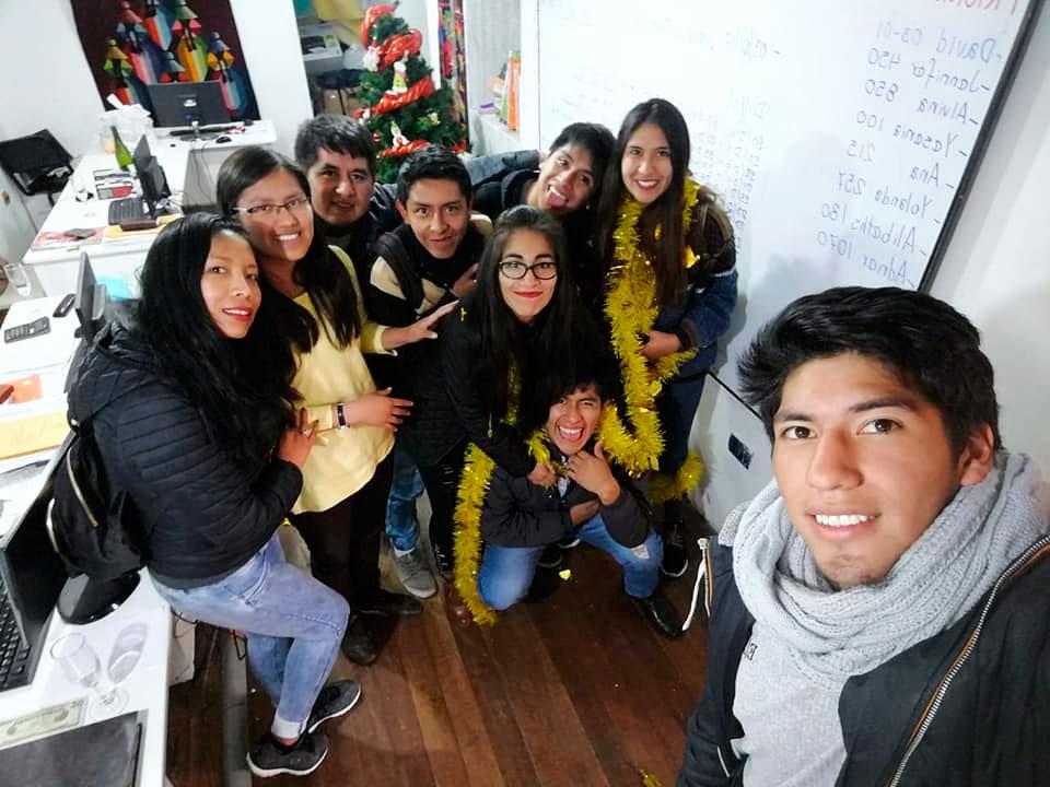 Cusco Celulares Staff